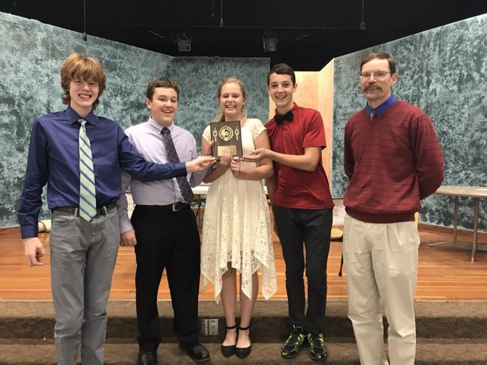 HHS Varsity Scholars Bowl Team