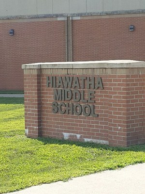 Hiawatha Middle school